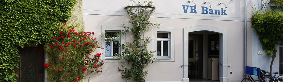 VR Bank Kitzingen eG, Geschäftsstelle Iphofen, Marktplatz 11, 97346 Iphofen